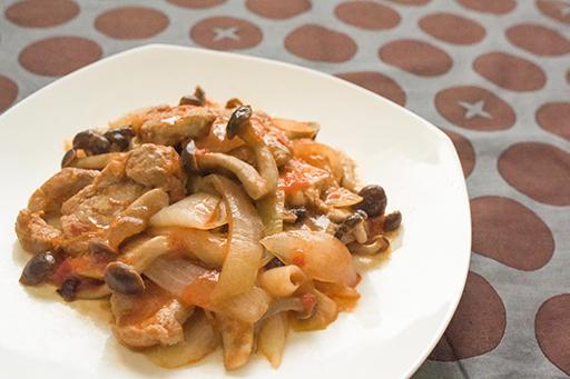 豚ヒレ肉のトマト炒めの写真